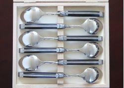 Coffret de 6 grandes cuillères Laguiole avec son manche en bois d'ébène véritable