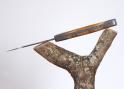 Couteau Roquefort avec son manche en bois d'Olivier de Sicile