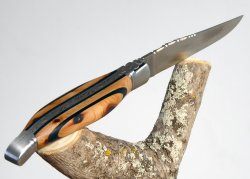 Rounded forged Laguiole knife - Juniper wood and Ebony wood handle - stainless steel bolsters