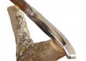 Couteau Laguiole avec son manche en corne brune