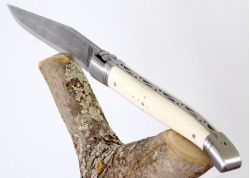 Laguiole Knife with Damascus Handmade Blade with its Ivory of Mammoth's Tusk Handle
