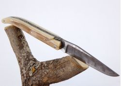 Laguiole Knife with Damascus Handmade Blade with its Ivory Crust of Mammoth's Tusk Handle